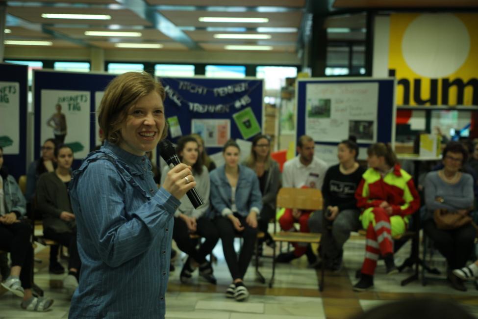 SchülerInnen und lokal engagierte Menschen im Gespräch - Zukunftstag mit Open Space im SZE St. Pölten 2017